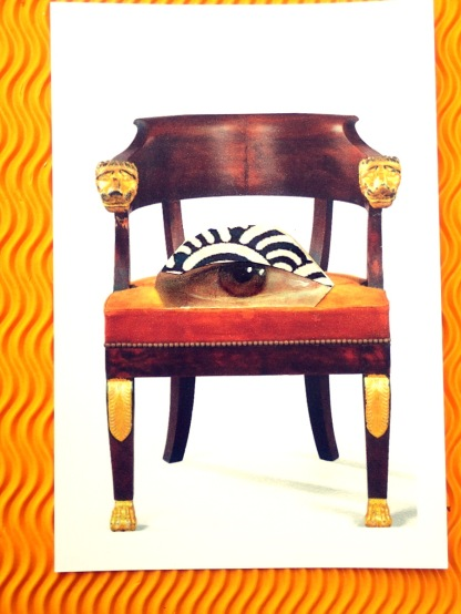 Stuhl mit Auge